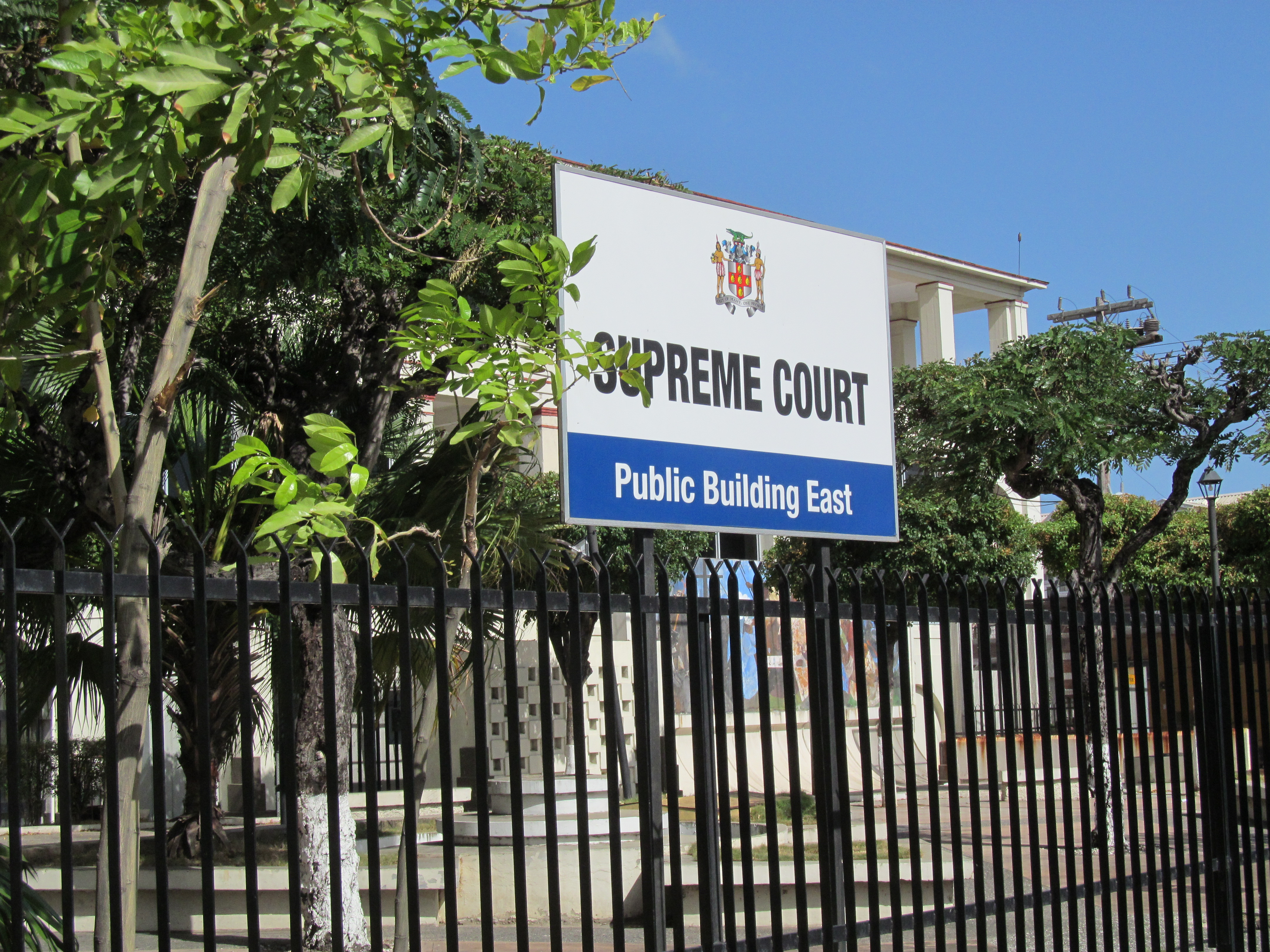 the jamaican court system Jamaica legal system factbook  countries  jamaica  government legal system: common law system based on the english model definition:  in the english common law system, court judges are bound in their decisions in large part by the rules and other doctrines developed - and supplemented over time - by the judges of earlier english courts.