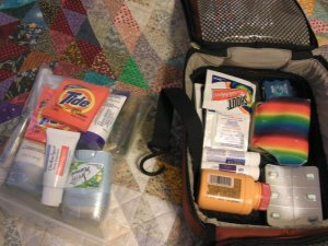 packing-toiletries-in-plastic-bags