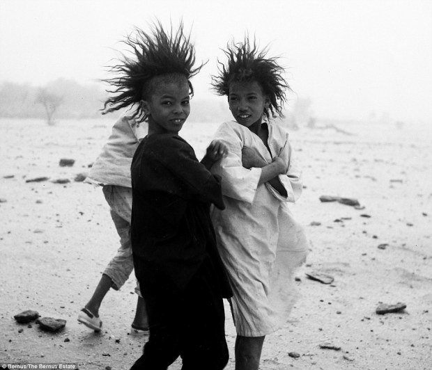 29C700CC00000578-3131511-Mothers_These_two_children_were_pictured_in_December_1967_Tuareg-a-19_1435139830219